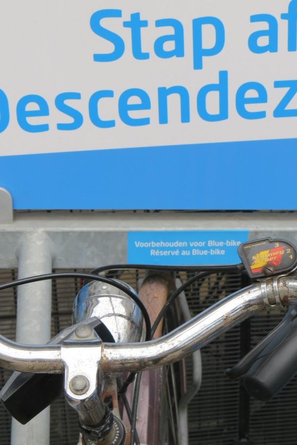 Blue Bike stalling (1)