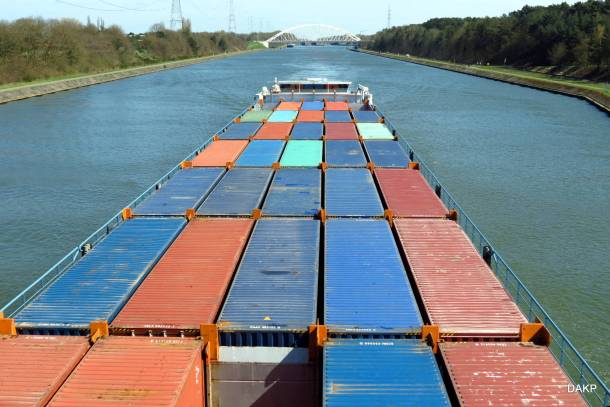 Containerschip (13)