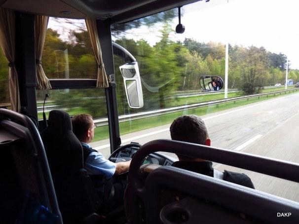 Voorruitperspectief vanuit de autocar