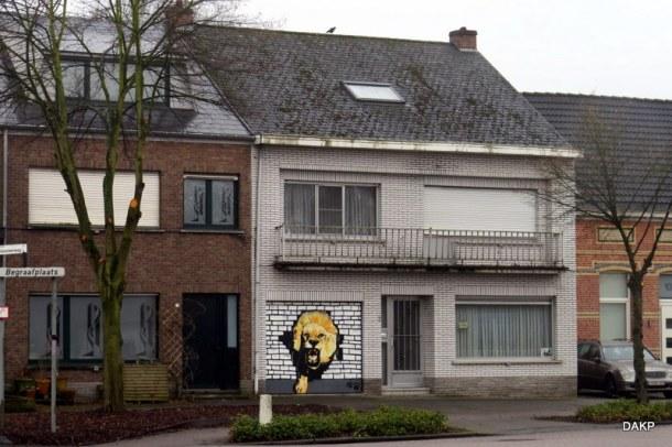 leeuw-in-de-garage