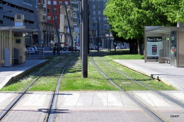 Bilbao tram gras