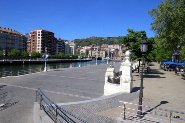 Herwaardering van de rivieroever Bilbao