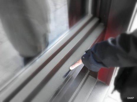 Stof op de vensterbank